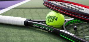 Racchette da tennis: modelli, materiali e altri fattori per fare la scelta giusta