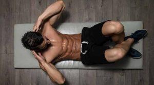 Allenamento addominali, i 10 esercizi per allenarli tutti